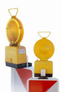 LOW 1 zolta 200x300 Portable hazard warning lamps LOD FLASH