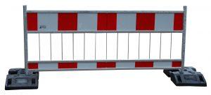 berierka 1 kopia 300x136 Road barriers and footbridges U 28