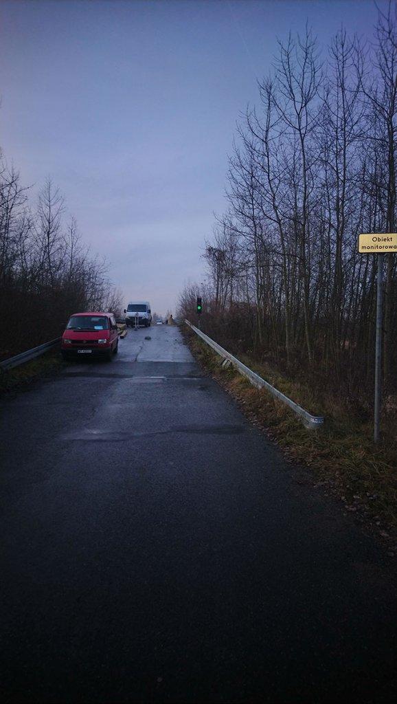sygnalizacja wahadlowa most bronislaw6 578x1024 Montaż sygnalizacji wahadłowej w Gminie Miedźna